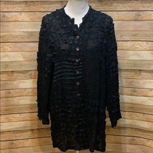 Chico's long sleeve shell button top